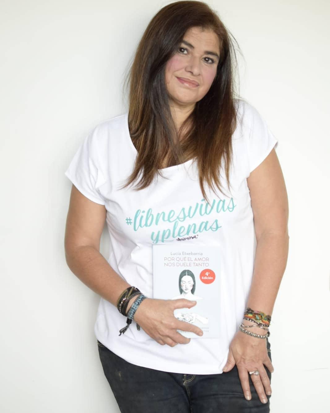 Lucía Etxebarria, escritora